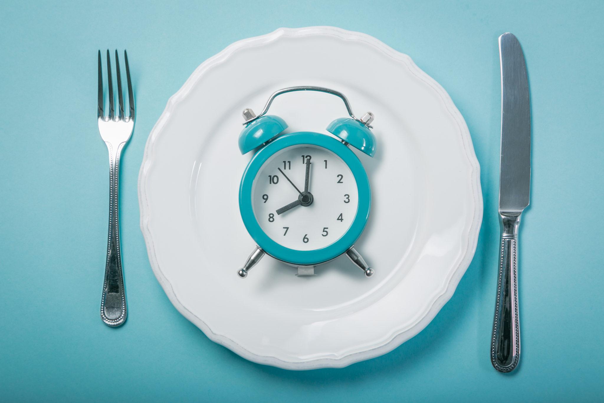 clock in a plate